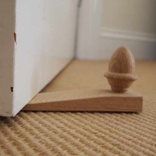 Traditional Acorn Door Wedge