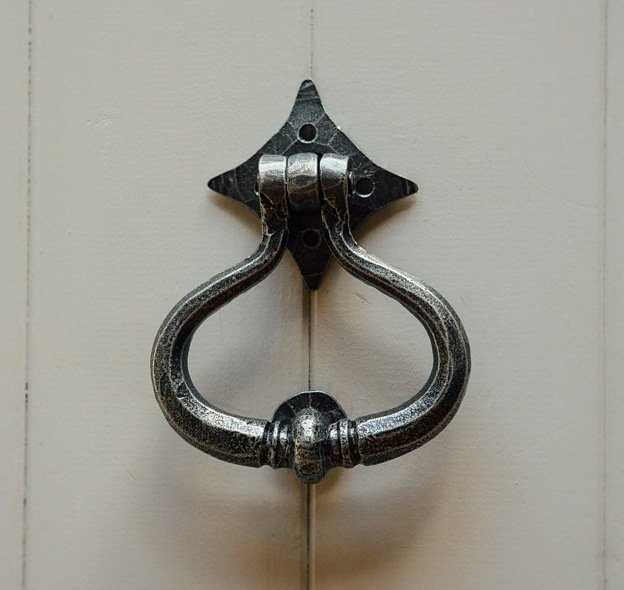 Shakespeare Door Knocker - Pewter