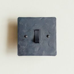 1 Gang 2 Way Rocker Switch - Black Waxed