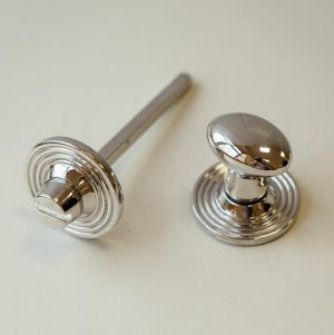 Oval Knob Turn and Release on Reeded Rose - Polished Nickel