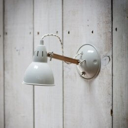 Steel & Oak Wall Light - Chalk