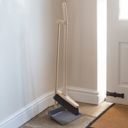 Tall Dustpan & Brush