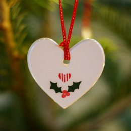 Christmas Heart - Holly SAVE 50%
