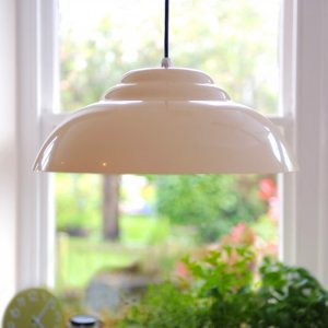 Retro Pendant Light - White save 40%