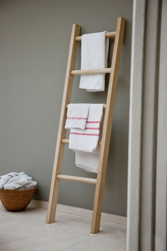 Oak towel ladder
