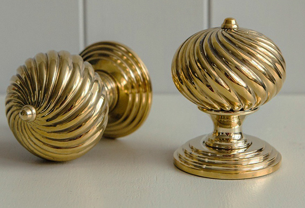 Burcot Swirl Door Knobs